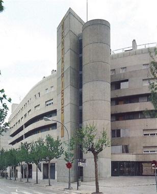 Manzana Urbana Martí l'Humà