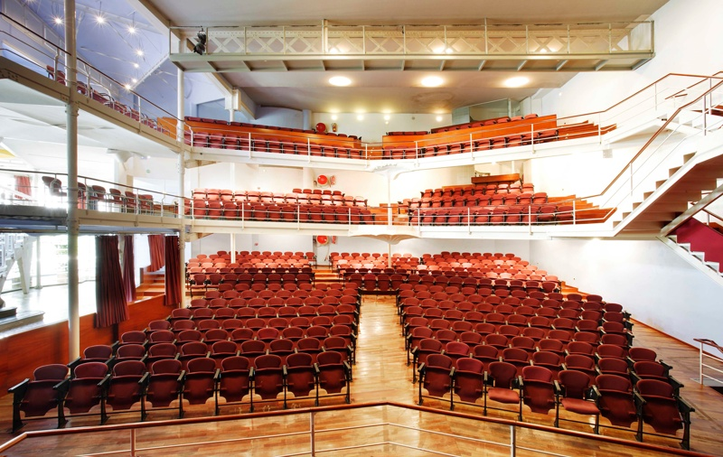Restauración y Reforma del Teatro Metropol