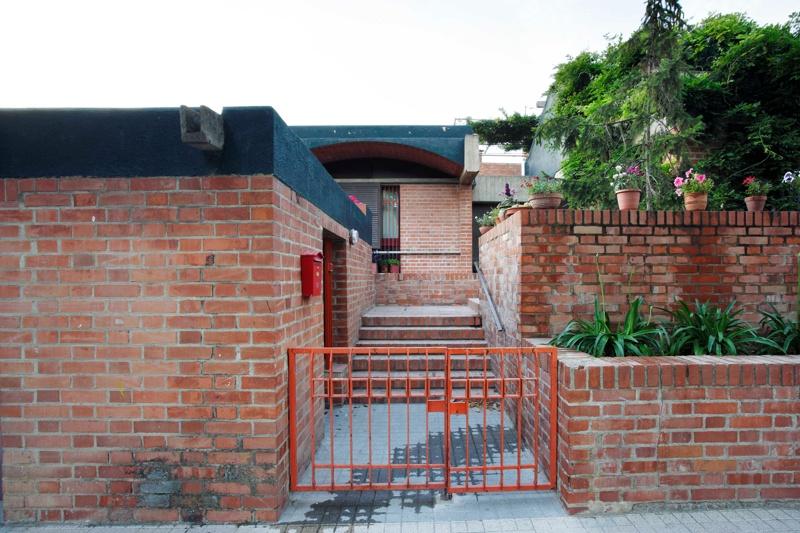 Serra House
