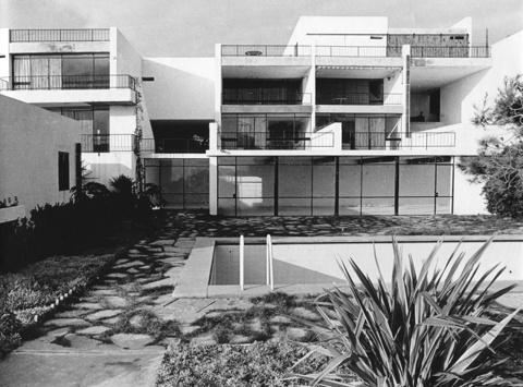Xipre Apartments