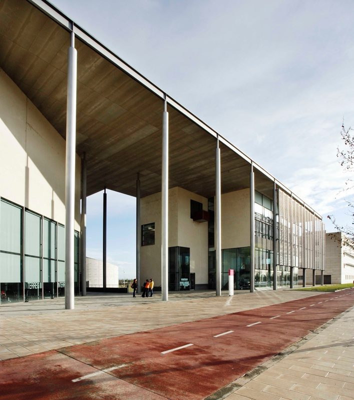 The Estudi General Cultural Centre and Library of the UdL