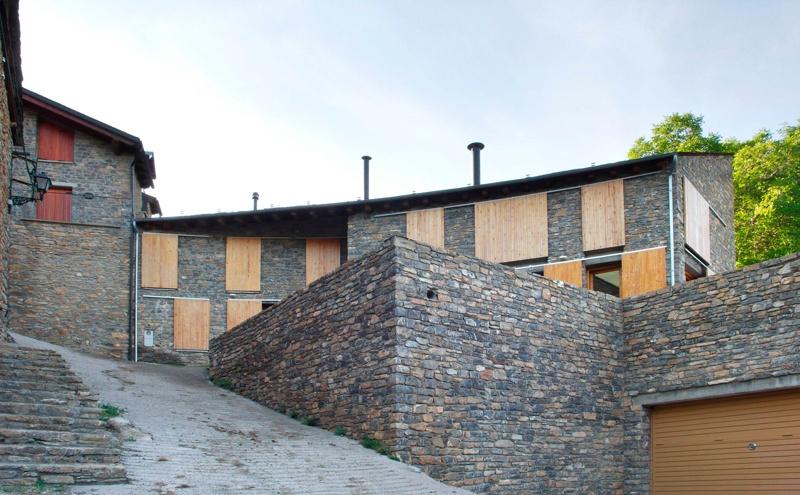 Lladó House