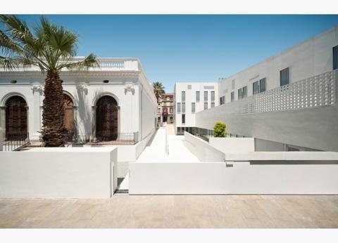14 Habitatges VPO, Equipament Cultural i Rehabilitació de Can Bisa