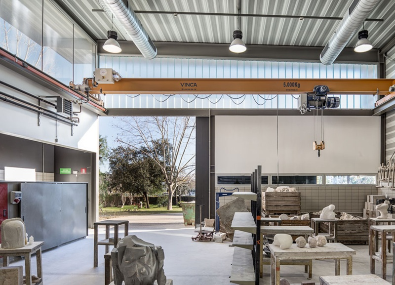New Stone and Metal Working Shop in the Faculty of Fine Arts of the UB