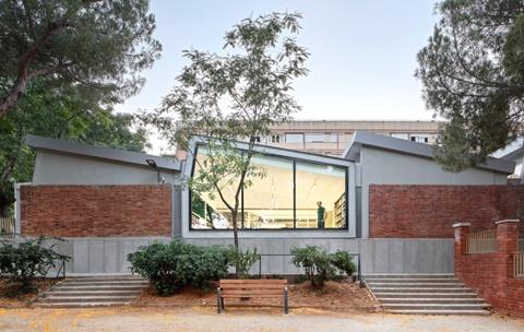 Ampliación y Rehabilitación de la Biblioteca Montbau - Albert Pérez Baró