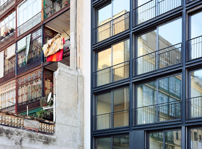 Casp 74 Apartment Building
