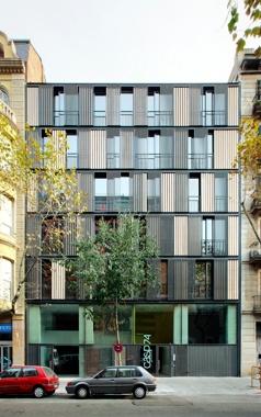 Edifici d'Habitatges Casp 74