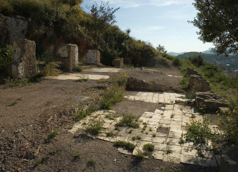 Restauració de les Bateries Antiaèries del Turó de la Rovira