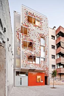 Edifici d'Habitatges Progrés 127-129