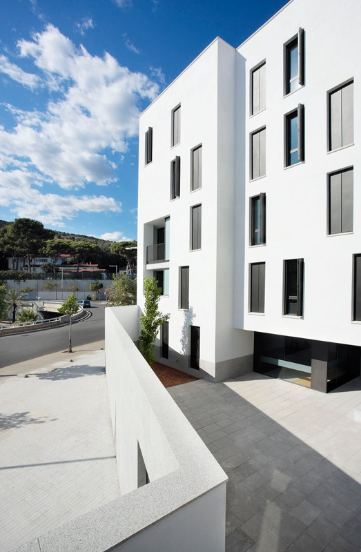 36 Social Housing Units for Young People in Can Caralleu