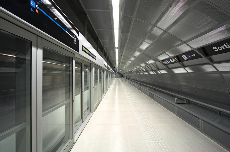 L10 Metro Stations: Llefià, La Salut and Gorg