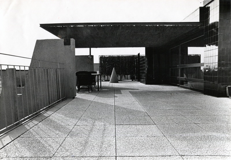 Edifici d'Habitatges Cavallers 76