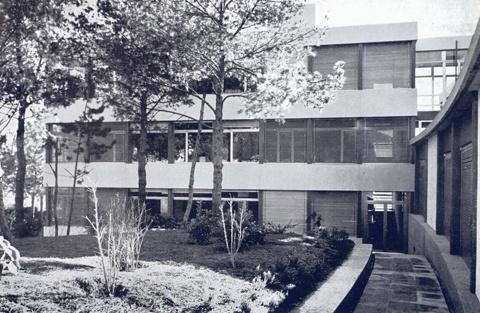 Institut d'Estudis Superiors de l'Empresa (IESE)