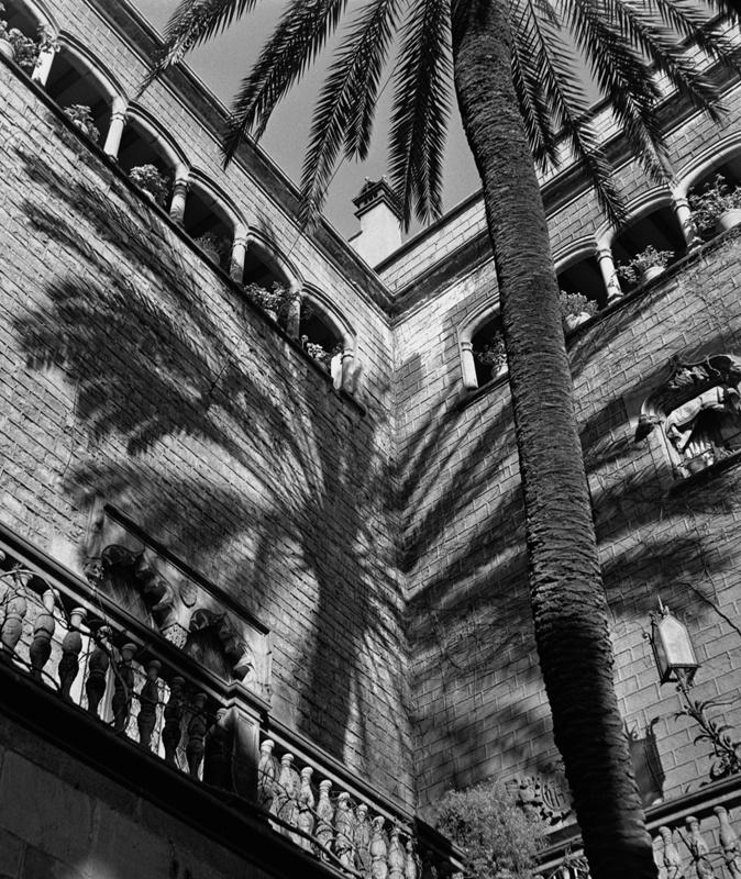 Reformes a la Façana al Pla de la Seu de la Casa de l'Ardiaca de Barcelona
