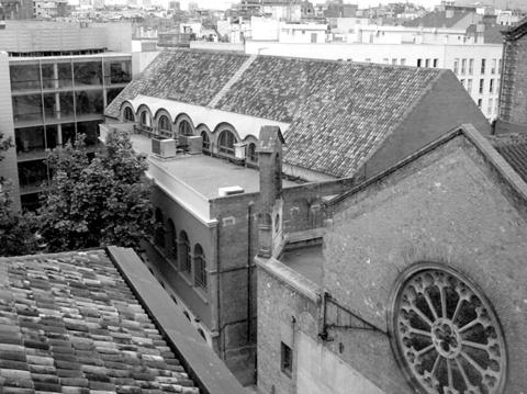 Rehabilitación de la Sala de Fiestas de la Casa de la Caritat de Barcelona como Teatro