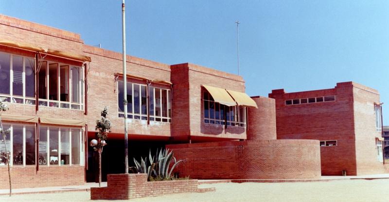 Sant Jordi School